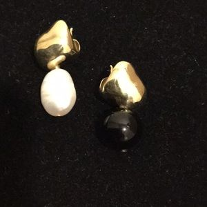 Faris Chub drop earrings